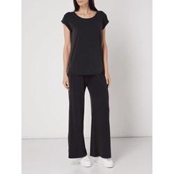 a7f5478e88152d Eleganckie białe spodnie w kant bialcon-pl czarny elegancki w Domodi