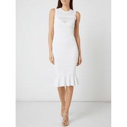 3976859ab9 Sukienka Guess dopasowana na ślub cywilny bez rękawów