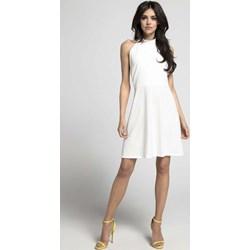 ecc0c00528570f Białe sukienki na imprezę trapezowe, lato 2019 w Domodi