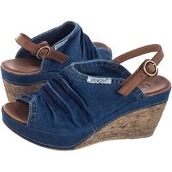 4ad2f113 Venezia sandały damskie na koturnie na wysokim obcasie skórzane bez wzorów1