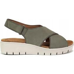 a736c7162722a6 Sandały damskie Clarks z niskim obcasem zielone bez wzorów casual na  koturnie na rzepy