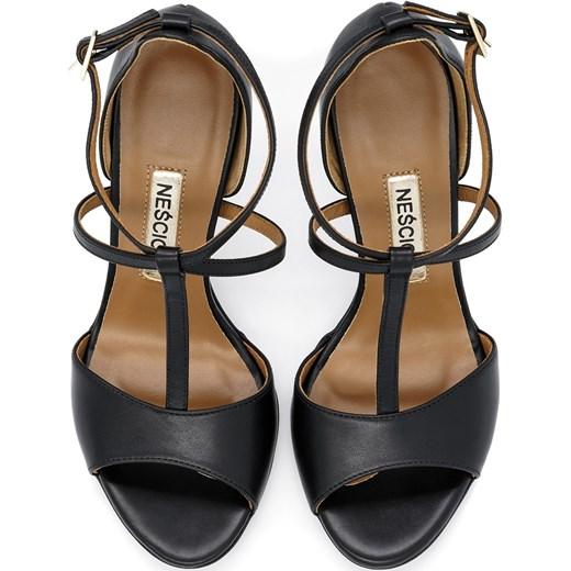 8cce82d78ea8c ... Czarne skórzane sandały na szpilce ze skrzyżowanymi paseczkami 103B  Neścior 39 promocja NESCIOR ...