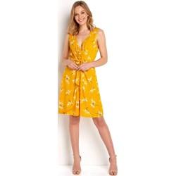 98521f2731 Sukienka Happy Holly midi casual z tkaniny rozkloszowana na wiosnę