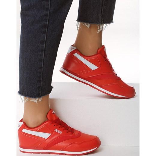 a6c23ef4 ... Buty sportowe damskie Born2be młodzieżowe czerwone bez wzorów ze skóry  ekologicznej ...