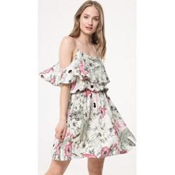 9b7b7b7a90 Sukienka Born2be wielokolorowa z krótkimi rękawami w stylu boho na spacer  mini z odkrytymi ramionami