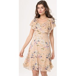 935279ddaa Sukienka Born2be mini trapezowa z okrągłym dekoltem z krótkim rękawem na  spacer