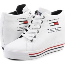 3f868a57c7 Sneakersy damskie Tommy Hilfiger sznurowane białe