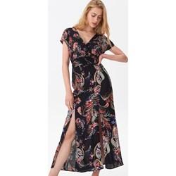 d9b83337a5 Sukienka wielokolorowa House w abstrakcyjnym wzorze maxi na spacer