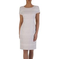 1958554680 Białe sukienki wizytowe poza