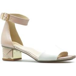 f764e8d933ac3 Kordel sandały damskie na obcasie z klamrą ze skóry bez wzorów eleganckie