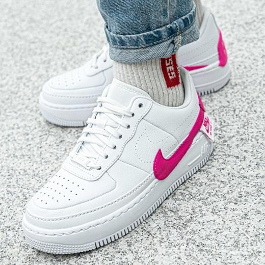 cbca8ae2 Buty sportowe damskie Nike dla biegaczy air force bez wzorów sznurowane