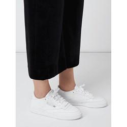 71830b51 Buty sportowe damskie Reebok sneakersy w stylu młodzieżowym