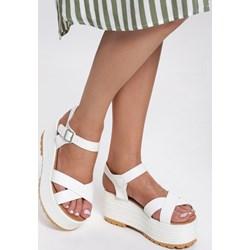 cdfa926e Renee sandały damskie na platformie białe ze skóry ekologicznej w abstrakcyjnym  wzorze