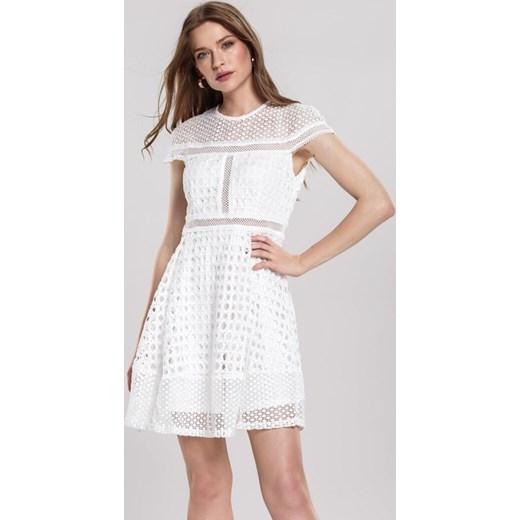635d1d3b4 Biała Sukienka Debonaire Renee L Renee odzież ...