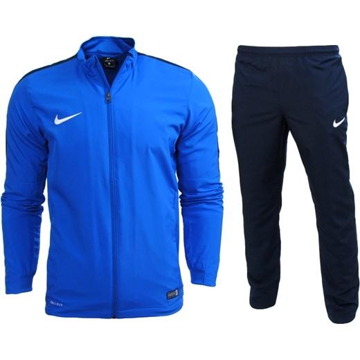 f2ff654ad Dres męski Nike z dresu w Domodi