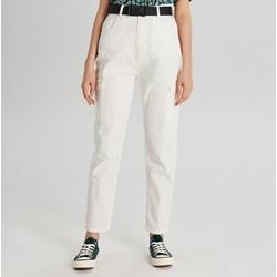 bbe6090e Spodnie damskie Cropp casual