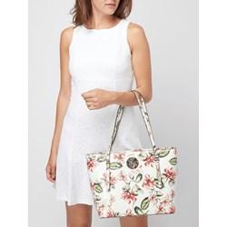 b76b6ed2 Shopper bag Guess bez dodatków na ramię duża z nadrukiem