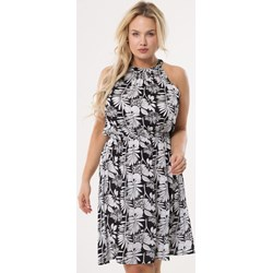 83db620bb21 Sukienka Born2be casual bez rękawów z dekoltem halter rozkloszowana
