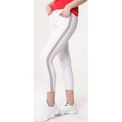 86e8d91e Spodnie damskie białe Born2be