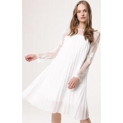 f699c6ce7 Sukienki wizytowe, lato 2019 w Domodi