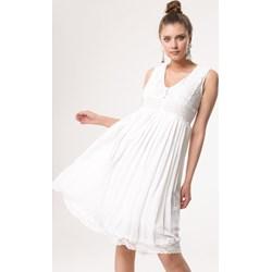 349b2bb39d9 Sukienka Born2be rozkloszowana na wiosnę z dekoltem w serek