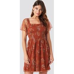 7f54babe1b8c9d Sukienka Trendyol gorsetowa tiulowa z krótkim rękawem czerwona w kwiaty mini