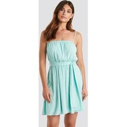 a98c26f8549d86 Sukienka Trendyol mini na urodziny tkaninowa na ramiączkach