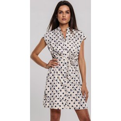 7ff2221ee71f49 Sukienka Renee mini w groszki z dekoltem w serek