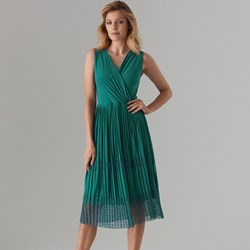 8a926479da4e28 Zielone sukienki, lato 2019 w Domodi