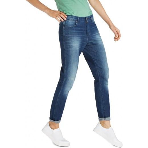 w ofercie Jeansy damskie niebieskie Wrangler Odzież Damska ZA niebieski Jeansy damskie RZKN