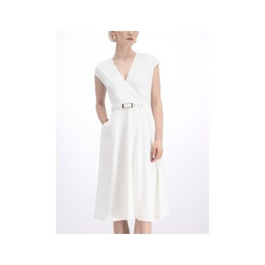 Sukienka Marciano Guess kopertowa biała gładka midi Odzież