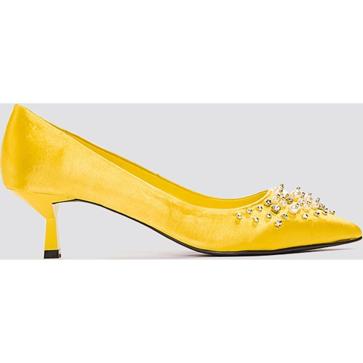 NA-KD Shoes Satynowe czółenka z koralikami - Yellow NA-KD Shoes  36 okazja NA-KD