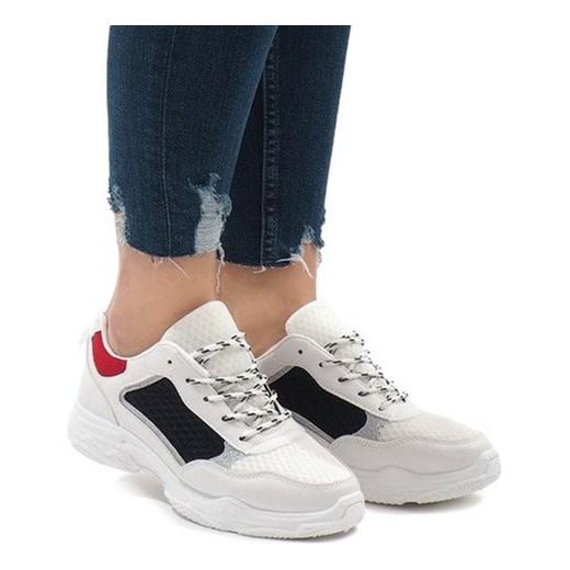 Buty sportowe damskie Butymodne sneakersy młodzieżowe ze skóry ekologicznej na płaskiej podeszwie