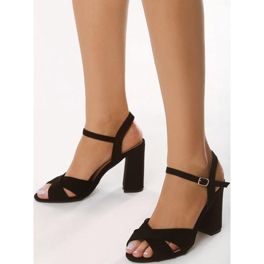 Sandały letnie – szeroki wybór modeli!