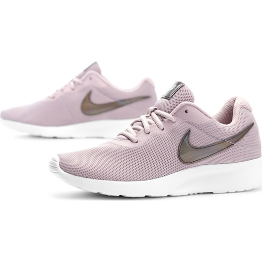 Buty sportowe damskie Nike tanjun sznurowane w Domodi
