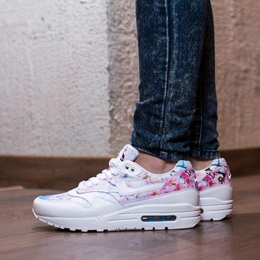 Buty damskie sneakersy Nike Air Max 1 Print Cherry Blossom Pack 528898 102 szary sneakerstudio.pl