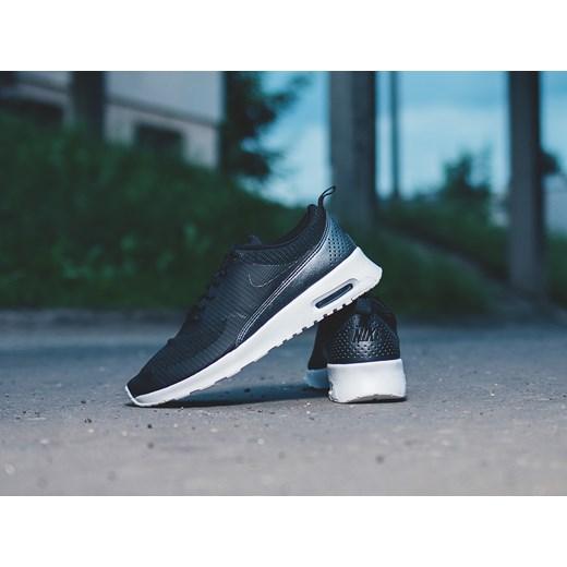 Buty damskie sneakersy Nike Air Max Thea Txt 819639 004