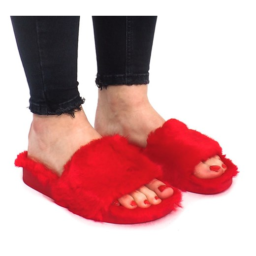 klapki z futerkiem czerwone haver