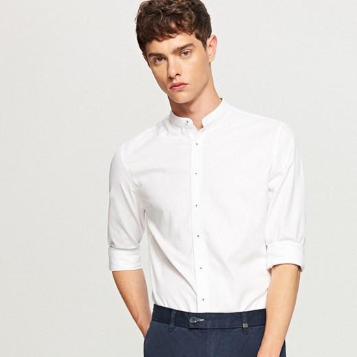 Reserved Koszula ze stójką slim fit Biały w Domodi  D2Xu6