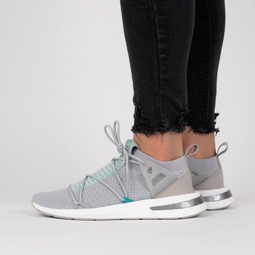 Buty sportowe damskie Adidas wiosenne w Domodi