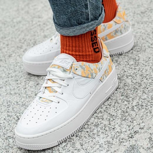 Buty sportowe damskie Nike do biegania air force białe na