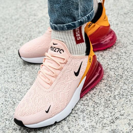 Buty sportowe damskie Nike do biegania różowe na wiosnę młodzieżowe bez wzorów