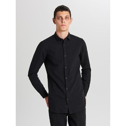 Koszula męska czarna Cropp z długim rękawem w Domodi  oFsii
