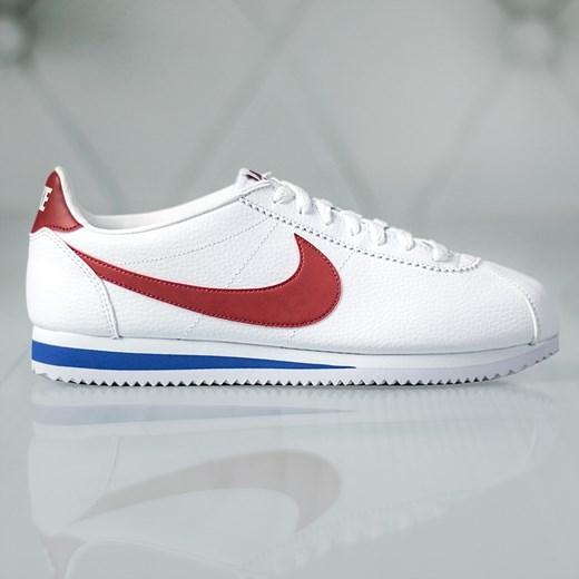 Buty sportowe damskie Nike cortez na wiosnę sznurowane na płaskiej podeszwie