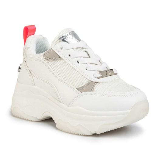 Buty sportowe dziecięce Xti sznurowane w Domodi