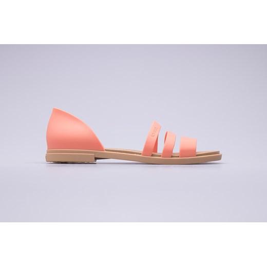 Crocs sandały damskie z gumy w Domodi