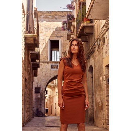 Sukienka Style z dekoltem w łódkę Odzież Damska VR brązowy KABG