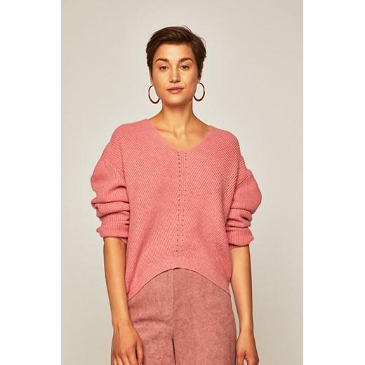 Sweter damski o obniżonej linii ramion różowy Medicine wearmedicine okazyjna cena Odzież Damska VS różowy AKZI