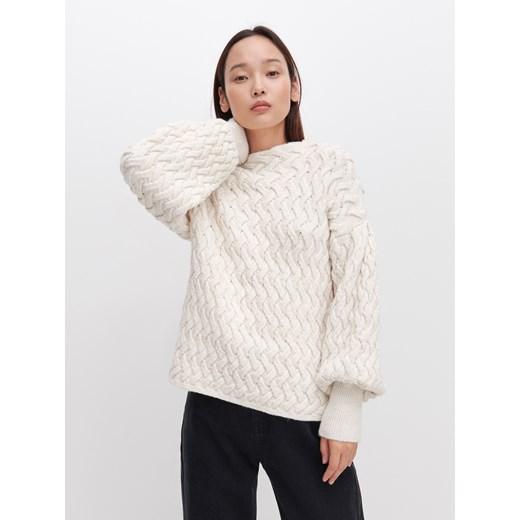 Sweter damski Reserved z okrągłym dekoltem Odzież Damska XB beżowy WVWW