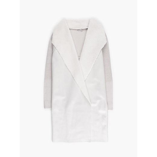 Sweter damski Gate z dekoltem w literę v Odzież Damska AY beżowy EKON